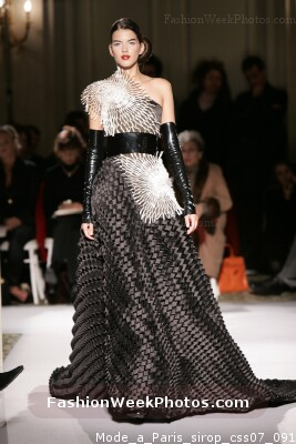 Dominique sirop from mode paris haute couture spring for Haute couture requirements
